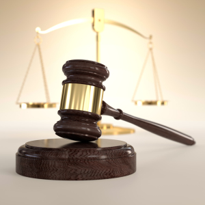 shutterstock_gavel and scale